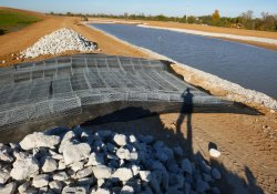 Stormwater Overflow Structure, Area 4A Pond Southeast Edge / Looking West (October 26, 2015)