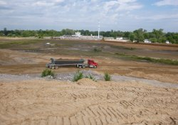 Area 4A Clean Cover Soil Application / Looking North (September 18, 2015)