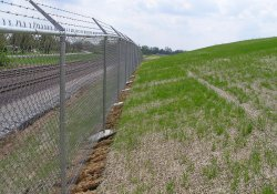 Area 1B Slopes Near A&S Railroad Gabion Wall / Looking Southeast (April 17, 2015)