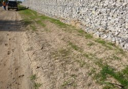 A&S Railroad Gabion Wall Mid-Point / Looking South / Southwest (October 16, 2015)