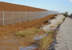 Security Fencing Along A&S Railroad Gabion Wall / Looking North (October 28, 2014)