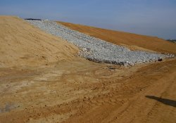 Gabion Basket 100-yr Flood Overflow Structure, South of A&S Railroad Gabion Wall / Looking North (October 24, 2014)